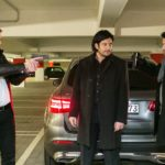 Die Situation zwischen Maximilian (Francisco Medina, M.) und Vincent (Daniel Buder, r.) eskaliert, als Kommissar Hohnert (Markus Haase, l.) auftaucht... (Quelle: RTL / Kai Schulz)
