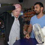Vince (Vincent Krüger, l.) versucht sich aus der Bredouille mit Sunny zu winden, doch diesmal kann Mesut (Mustafa Alin) ihm nicht helfen.