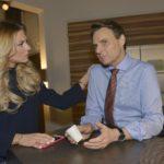 Sunny (Valentina Pahde) ahnt nicht, worüber Jo Gerner (Wolfgang Bahro) sich große Sorgen macht... (Quelle: RTL / Rolf Baumgartner)