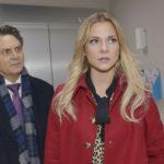 Sunny (Valentina Pahde) erfährt von Jo Gerner (Wolfgang Bahro), dass Felix entführt und verletzt wurde - von Chris... (Quelle: RTL / Rolf Baumgartner)