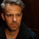 Till (Ben Ruedinger) beschließt, die bittere Wahrheit für immer für sich behalten... (Quelle: RTL / Stefan Behrens)