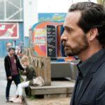 KayC (Pauline Angert, 2.v.l.) ahnt nicht, dass Pascal Bremer (Markus Andreas Klauk) auf ihren Bluff reingefallen ist und entsprechend reagiert... (Quelle: MG RTL D / Stefan Behrens)