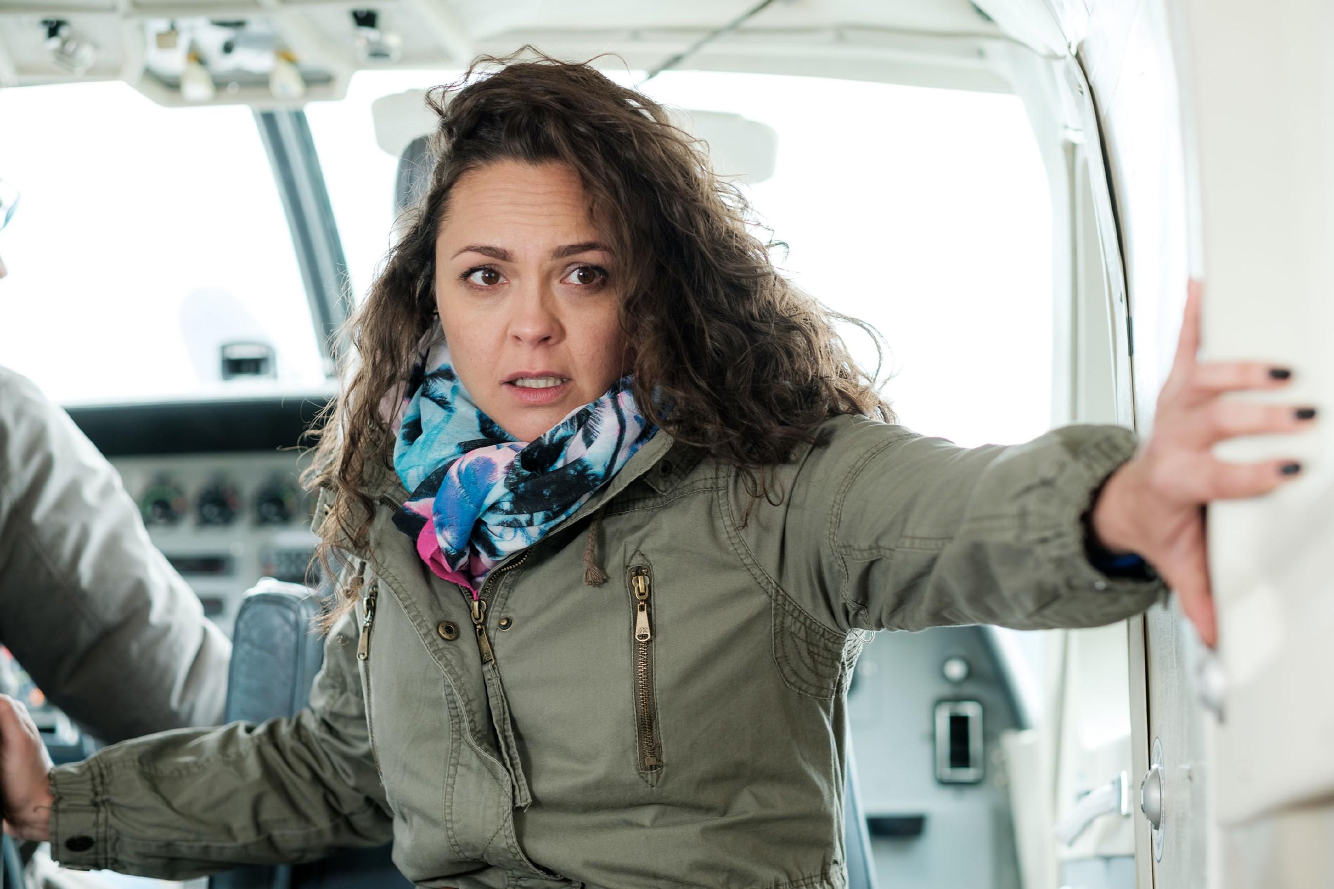 Caro (Ines Kurenbach) wird panisch klar, dass sie in Lebensgefahr schwebt... (Quelle: MG RTL D / Stefan Behrens)