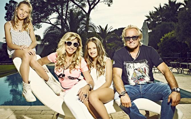 Die Geissens – Eine schrecklich glamouröse Familie! Vorschau Folge 20 Carmen will sich die Namen ihrer beiden Töchter Shania und Davina auf den Rücken tätowieren lassen