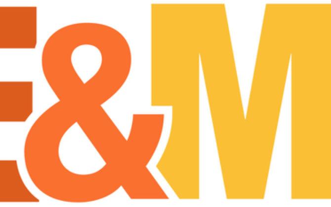 Mike & Molly Vorschau  – Und führe Mike nicht in Versuchung Die Neue auf Mikes Revier, Stacey, flirtet eindeutig mit ihm