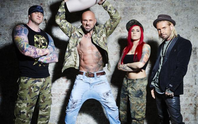 Horror Tattoos – Deutschland, wir retten Deine Haut Vorschau  – Stuttgart Heute machen die Star-Tätowierer Randy Engelhard, Nancy Mietzi und Mick Mark Station in Stuttgart