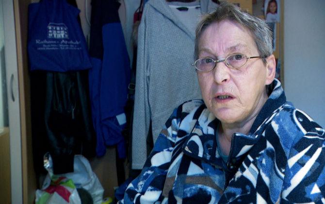 Hartz und herzlich – Tag für Tag Benz-Baracken Vorschau Folge 11 Janines ist am Boden zerstört