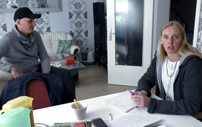 Hartz und herzlich – Tag für Tag Benz-Baracken Vorschau Folge 20 Das Jugendamt droht, Elvis und Katrin die Kinder wegzunehmen